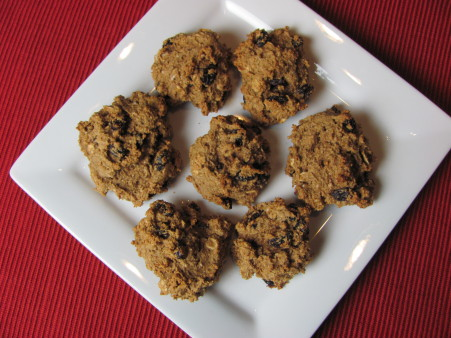 vegan no-oil oatmeal raisin cookies